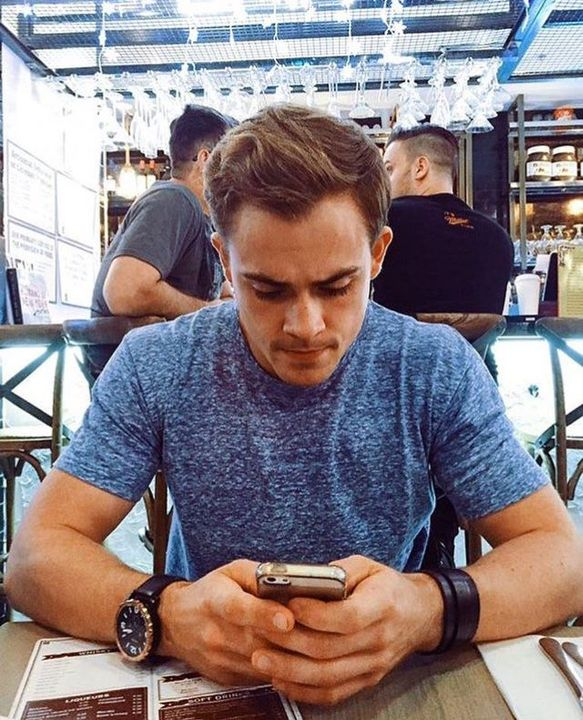 isabellawilliams: why must you leave me? {tagged dacremontgomery}
