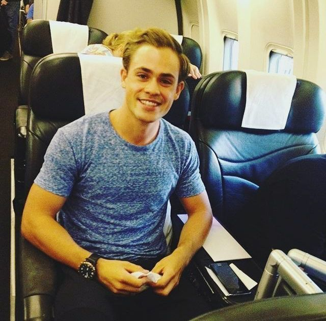 dacremontgomery: bye bye australia i'll see you sometime soon (tagged isabellawilliams)