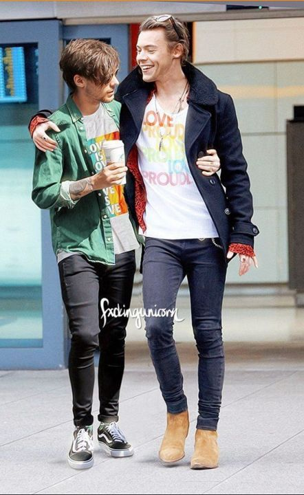 Liked by OmgitsHarry, westanalegend, Danielhowell and 648,924 othersCelebnews: Power couple Harry Styles and Louis Tomlinson were seen getting coffee today sporting these lovely shirts! Keep it up gentlemen ❤ #loveislove #pride #larrystylinson