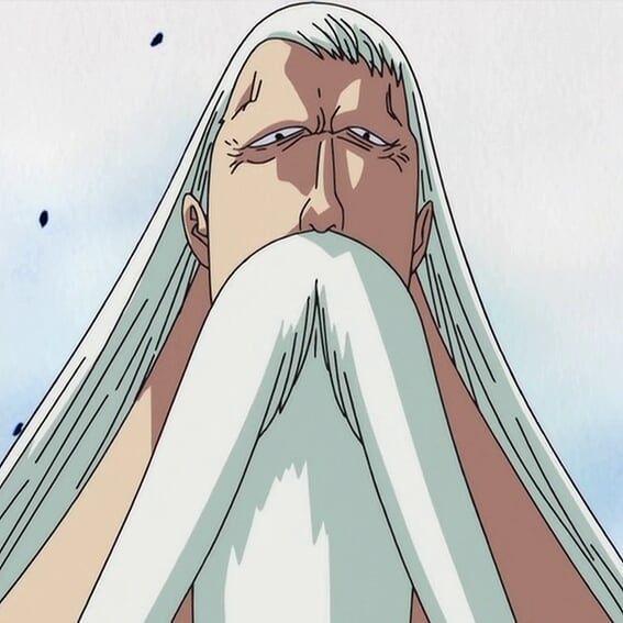 Pria tua jangkung itu tanpa ekspresi