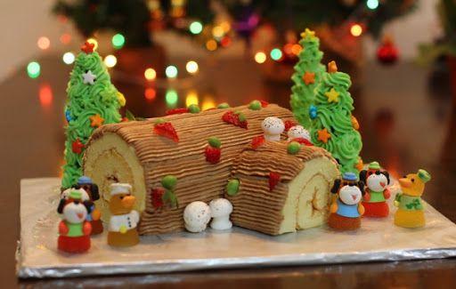 2Bánh khúc cây hay còn gọi là Bche de Nol Christmas Log hay Yule Log