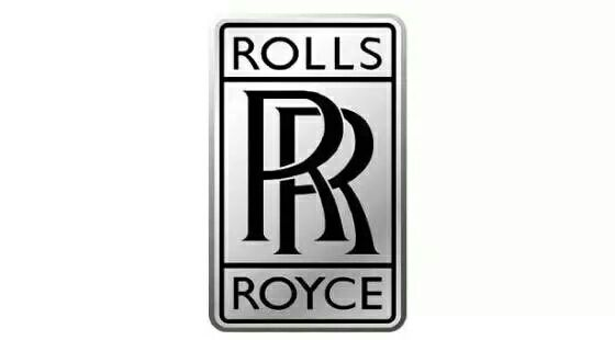 Đô Ngư nhìn xe đó bit không rẻ thấy logo hình như là Rolls Royce
