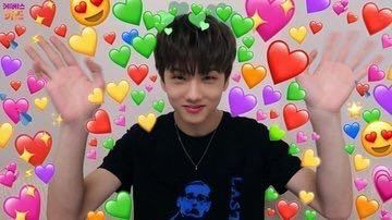 I know the story didn't make sense like,,, 98% of the time,,, but thank you all for continuing to read !!! 💓💓💓