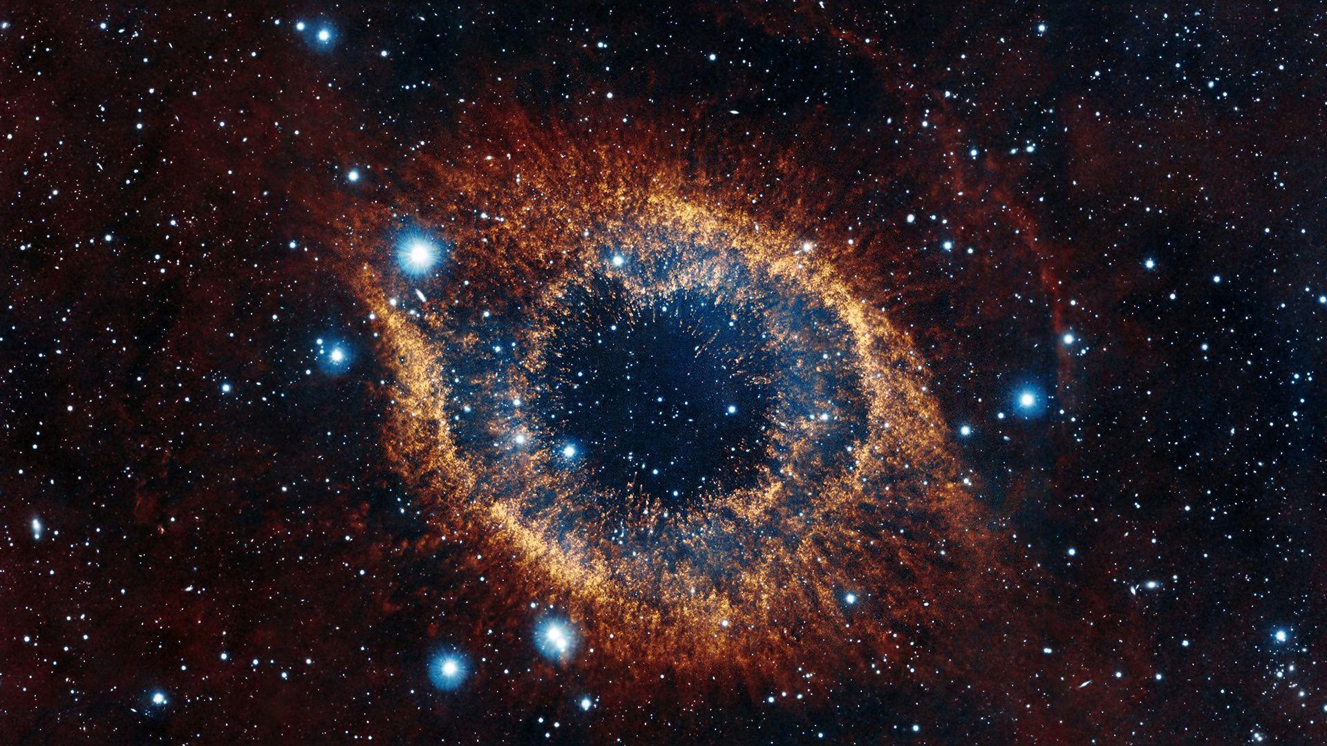 Yıldızların sayısı o kadar fazlaydı ki, sanki bir tualde dolduracak boşluk neredeyse kalmamıştı; buna rağmen Lirgo nereye gitmesi gerektiğini biliyordu