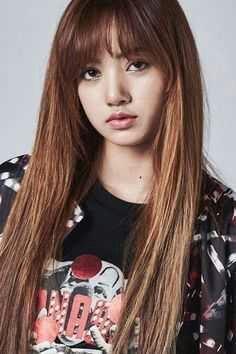 Gadis yang sangat mencintai Jungkook sejak mereka masih duduk di bangku SMA sampai saat ini masih mencintai namja itu