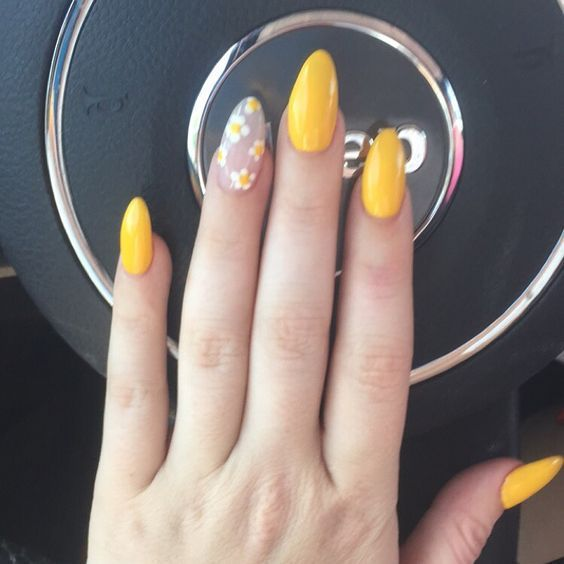 As everyone started showing their nails to each other