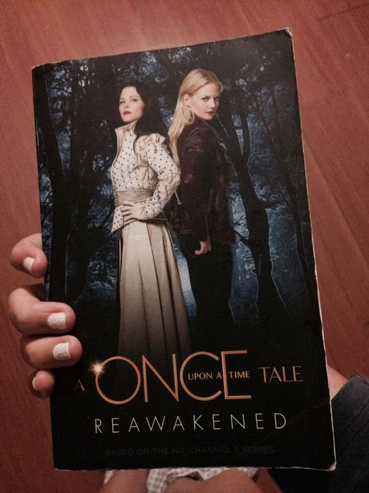 |for who doesn't know: Reawakened is actually the ouat book of season 1