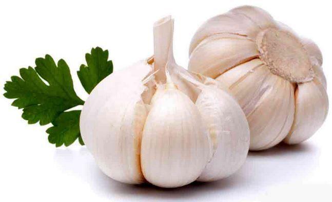 Akan tetapi jangan kaget, setelah Anda mengonsumsi bawang putih secara rutin bau keringat yang muncul menjadi kurang sedap