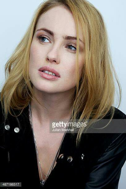 NAME: Hannah NewHAIR COLOR/S: BlondeEYE COLOR: BlueAGE: 33BIRTHDAY: 05/13/1984PLAYABLE AGES: 21-35PLACE OF BIRTH: Balham, London, United KingdomKNOWN FOR: Acting, modelingGIF AMOUNT: Good