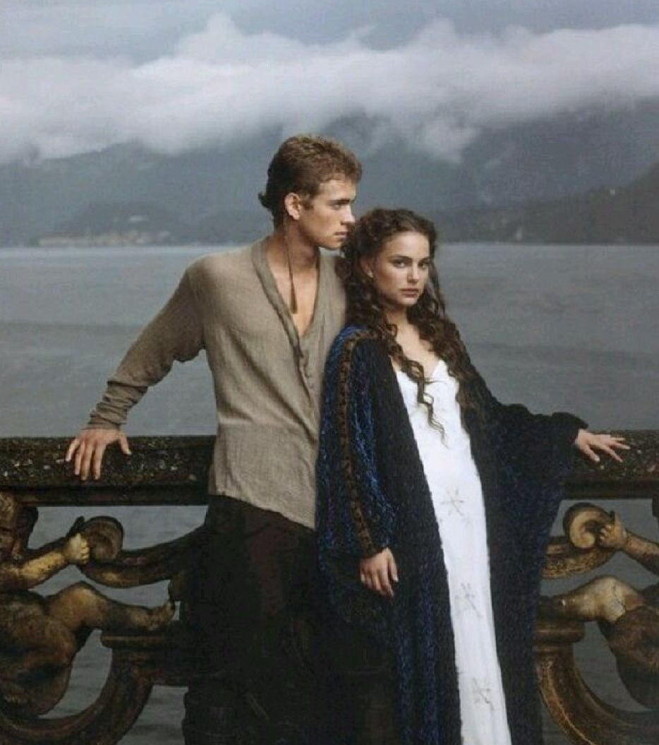 We know about the amazing couples of the Star Wars universe such as Anakin and Padmé