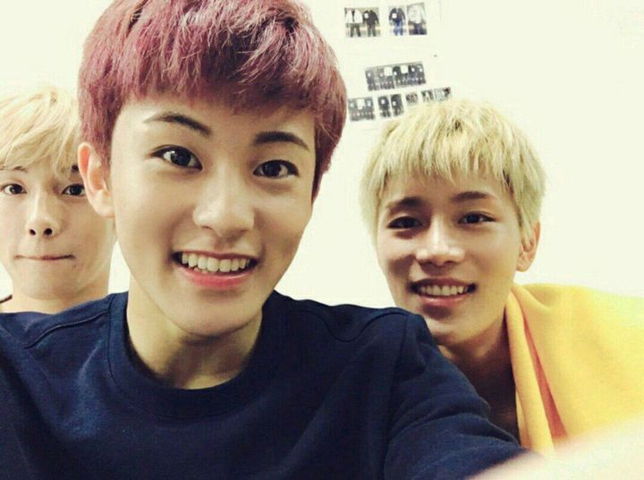 @MakeuLee with these two hyung on my back! @WinWinner and @MTaeil