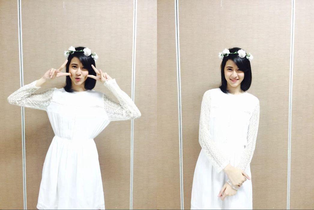 foto pun diambil dua kali, pertama jiwoo bareng mama kang, kedua jiwoo foto sendiri