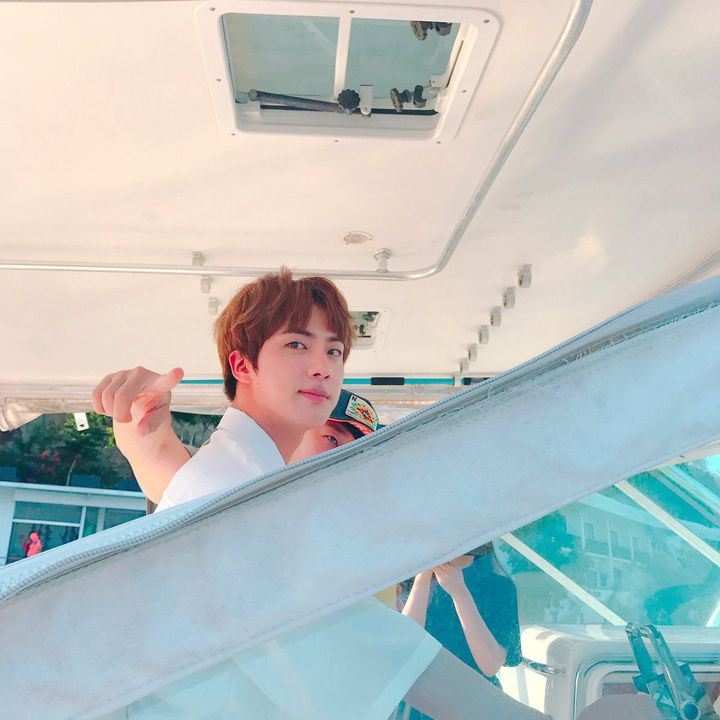 [Imagine him taking you to a cruise for your birthday]