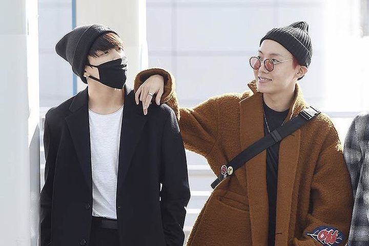 Thanks to the team's stirring presentation, he had fully convinced Jeon Jungkook to join his special ops team