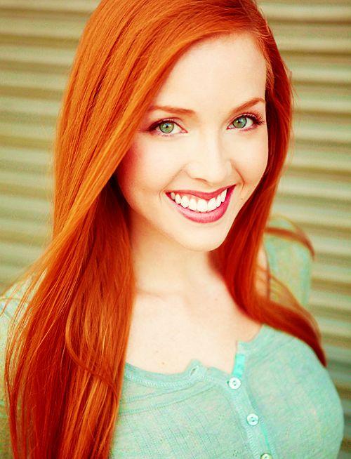 Mature redhead pee