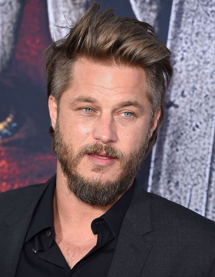 travis fimmel naked