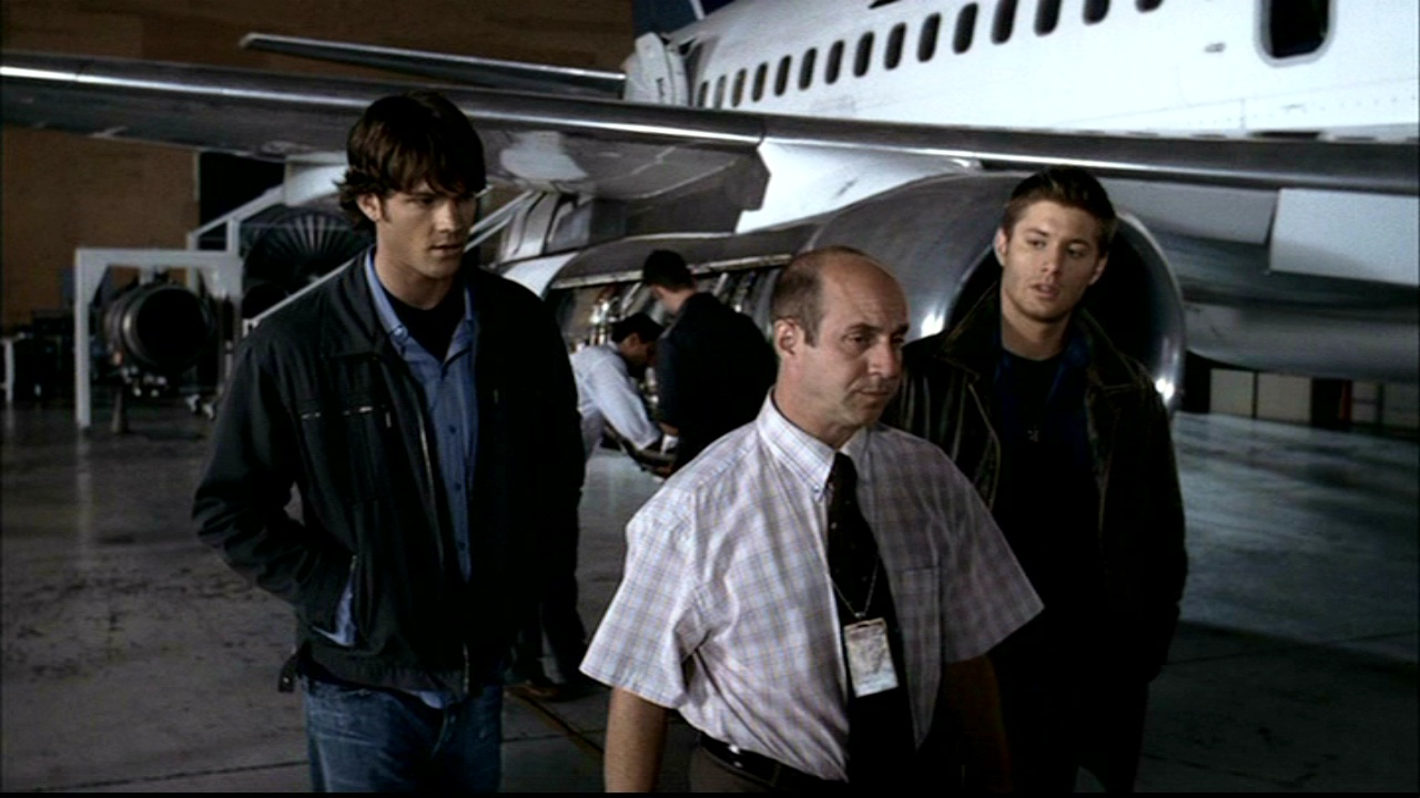 Light In The Darkness(Supernatural FanFic) - Phantom Traveler 2 ...