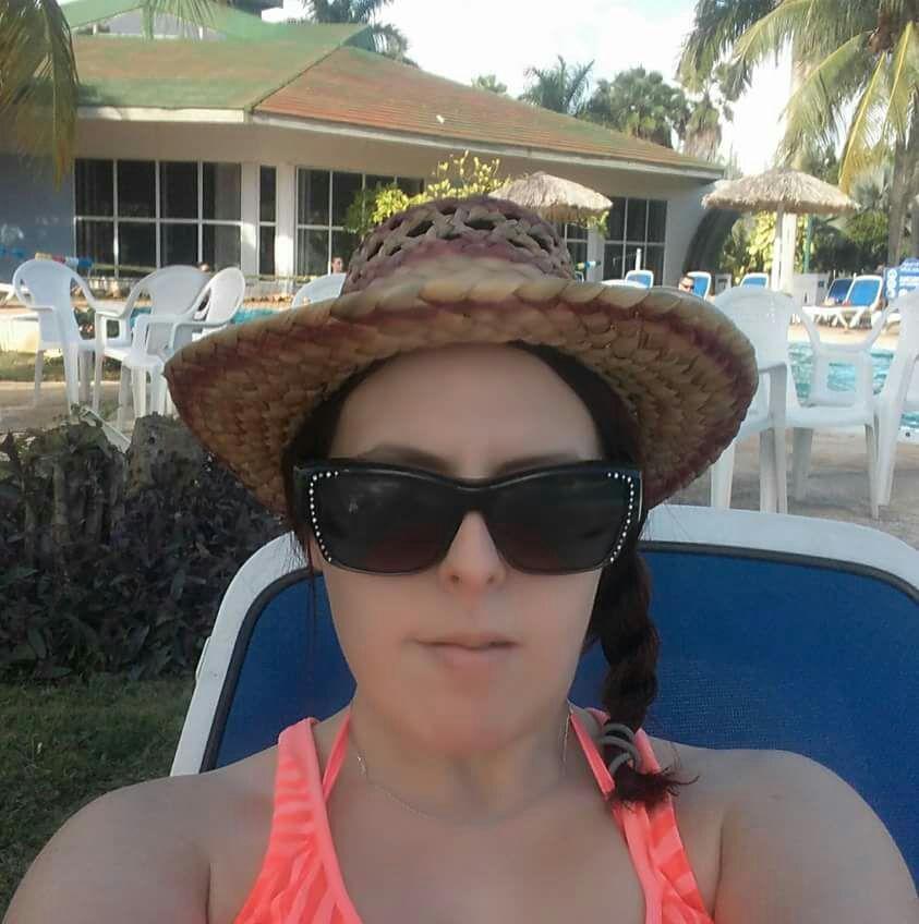 5) une photo de moi?Ariel en vacances!