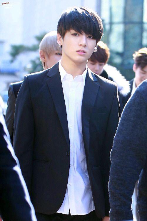 Name: Jeon Jungkook (전정국)Age/DOB: September 1st, 1997 (aged 21)Height: 1