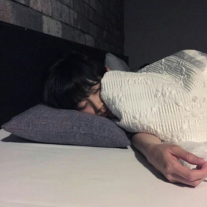 3,682 likes Uppiepuppie: he's so peaceful and not at all obnoxious when he sleeps I love him ❤️view all 307 commentsHonghonggg: wth I look so bad why did you post this 😭💞Uppiepuppie: @Honghonggg you never look bad to me, babe ❤️Daehyun_Jung: g o...