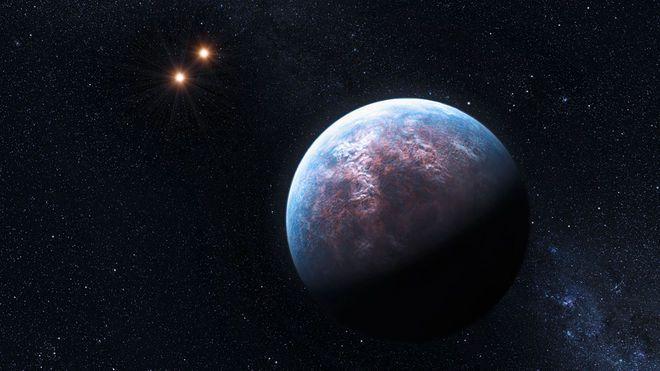 Yneron, Yıldız Mirra'ya doğru ilerliyor, arkasında bıraktığı turuncu, yeşil ve mavi renkleri ile gözleri büyüleyen Annadolle ise hızla küçülüyordu