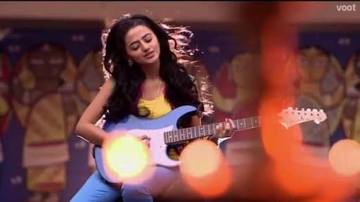 Swara Bose(Shona)-Bollywood Singer,24yrs old, matured girl but behaves childish sometimes,friend of Prabhas since childhood