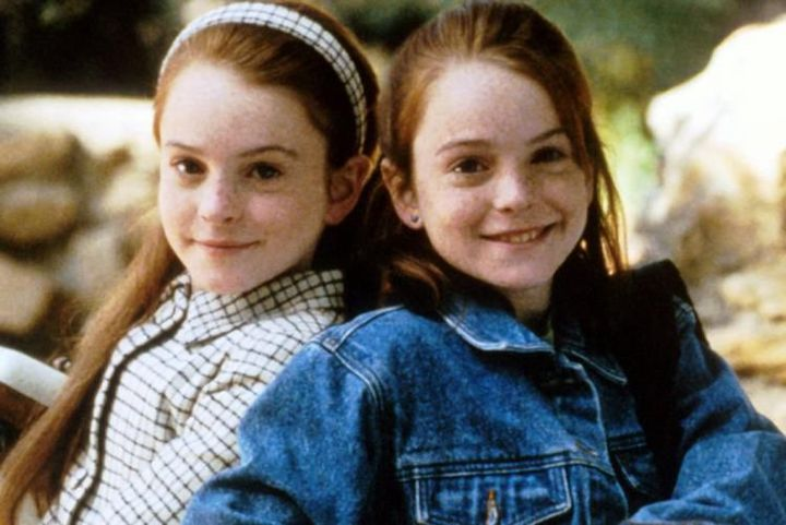 So it is said that Lindsay Lohan plays both roles for the twin sisters, but clearly this is not the same person
