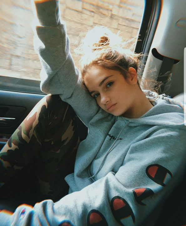 6,467 likesjessicasmith Going to Los Angeles😊Photo credzzz: @seaveydaniel4,525 commentsLeximann: YOU LOOK PALE FOR AN ODD REASONUser19: Ughhh😒Jessicasmith: @leximann WHAT DO YOU MEANuser15: 😐😑😖User12: I WANT ZESS GIMME SOME OF IT PLEASEEEEImz...