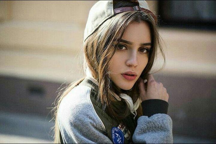 Jessica Sheva Valota~