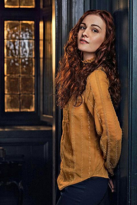 NAME: Sophie SkeltonHAIR COLOR/S: Red, brownEYE COLOR: BrownAGE: 24BIRTHDAY: 03/07/1994PLAYABLE AGES: 18-26PLACE OF BIRTH: Londong, United KingdomKNOWN FOR: ActingGIF AMOUNT: Good
