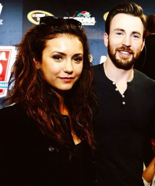 ChrisEvans @Enews Hey does that mean we are dating?