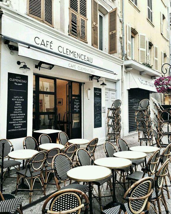 Street Cafés