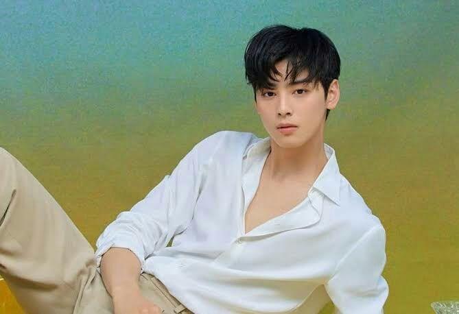 (Ji Chang Wook as Kim Jin Young)