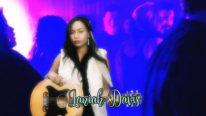 Jamie GraceasLaniah Davis