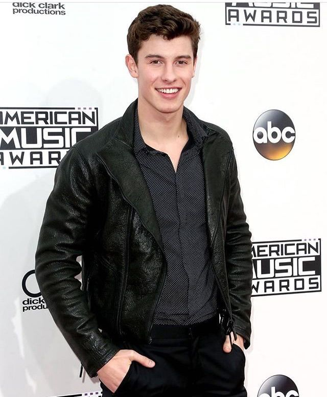 shawnmendes thank you for having me ! X amas