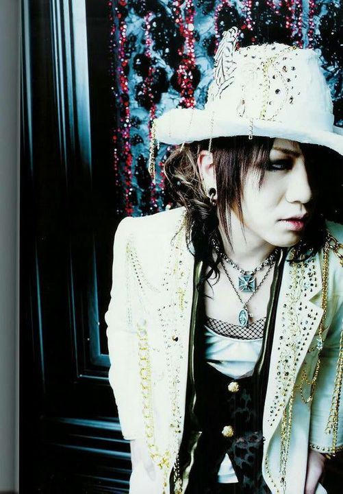 I have more pictures of the gazette than I do anything else tbfh