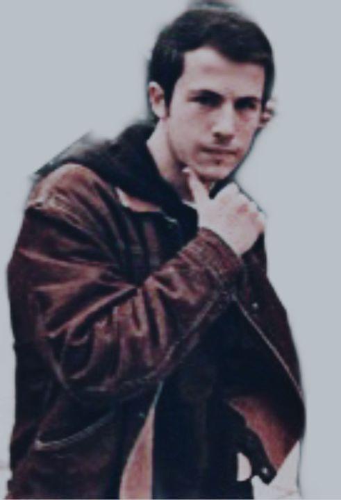 Craig Olejnik as Dad (Drew Dietrick) age 35