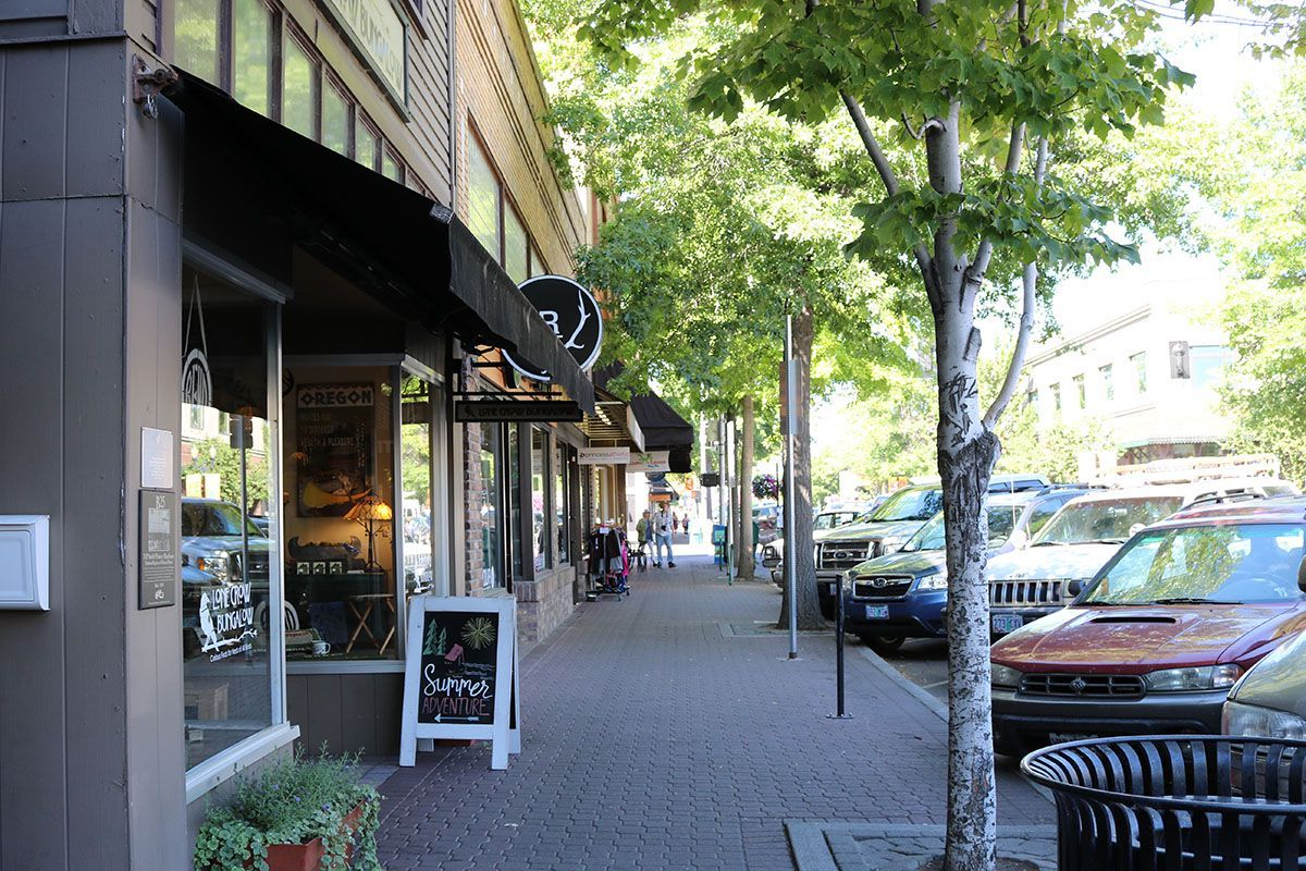 Here's a street in downtown Bend, where Lizzie takes a walk after meeting Winston