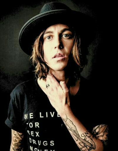 Kellin has chosen to end his life at a place the locals called Hermit's Rock