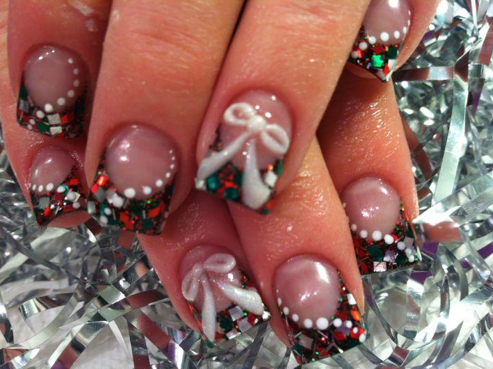 Mohamed Salah get Christmas themed nails