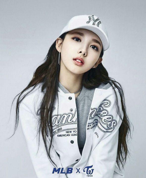 I'm So Hot - Twice X Fem Reader Smut - Story 1 - Nayeon