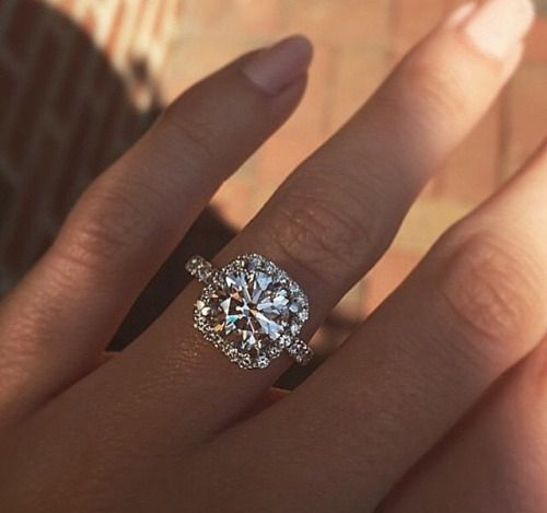 @alicelongbottom guess who's engaged!!tagged; @franklongbottom