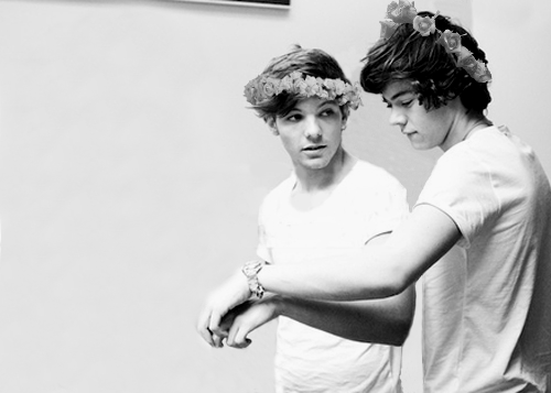 Put Your Records On (Punk!Louis and Flower-Child!Harry ...