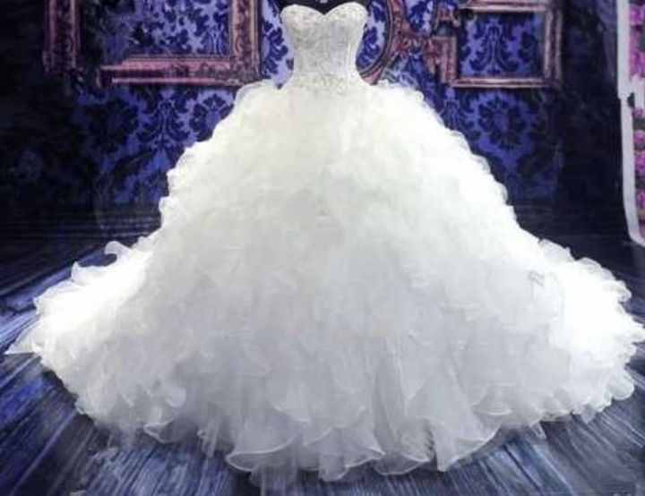 This is what the dress looks like