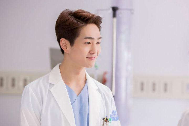 """Hello, I'm Dr"