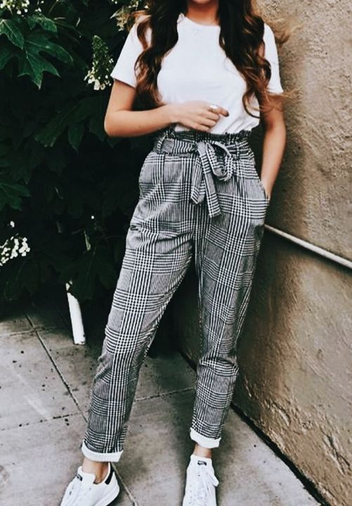 i rushed home and changed into my new outfit , it's plain white t-shirt with checkered long pants together with some plain white sneakers
