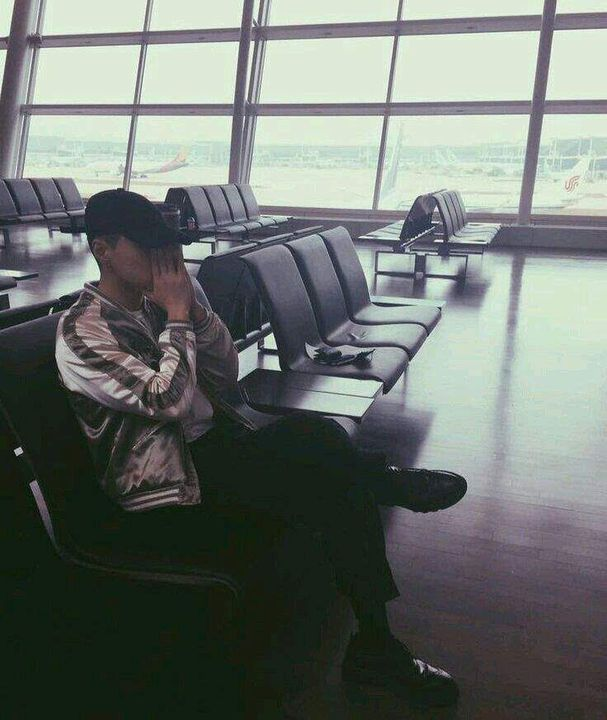°Tendría una pequeña relación amor-odio con los aeropuertos y por una simple razón: tú y solamente tú