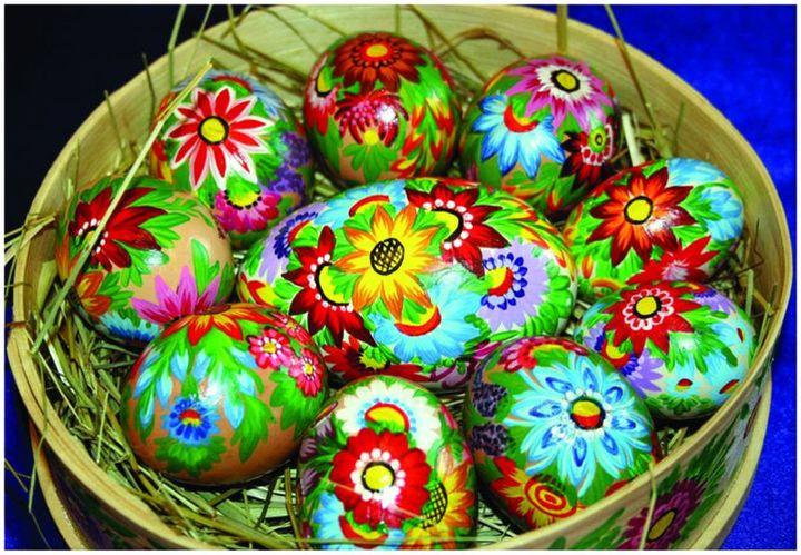 W pierwszy dzień Wielkanocy zakopywano jaja w ziemi i w ogrodzie, aby plon był urodzajny