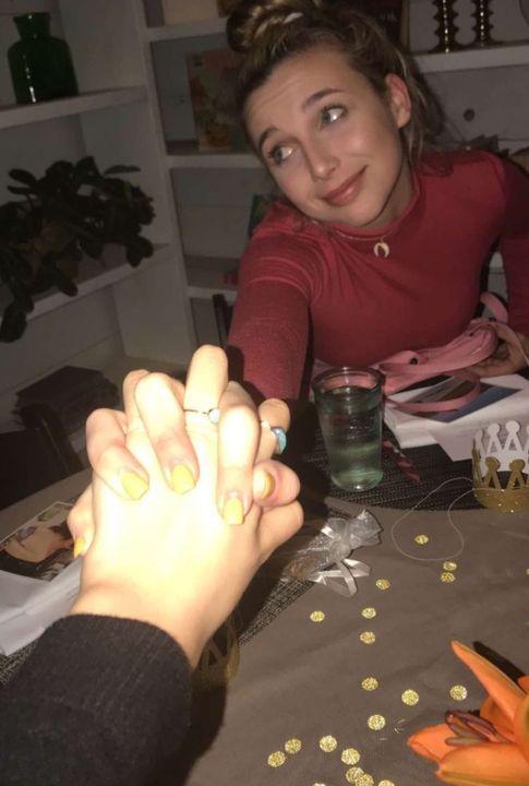 Emma chamberlain dating ethan dolan