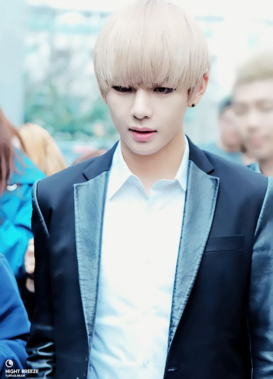 kpop one shots requests are unavailable  - hot teacher next door-v  taehyung x reader